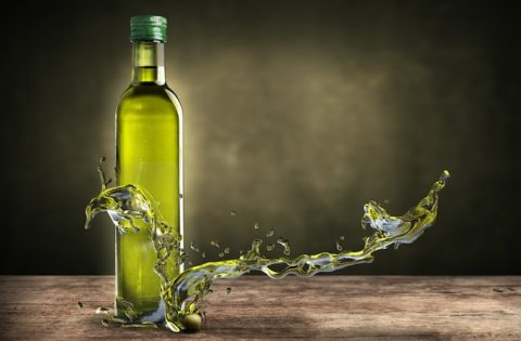 olio-di-oliva-by-giovanni-cancemi-fotolia-750