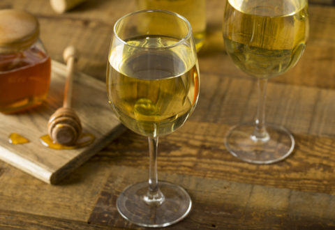 Sweet Yellow Honey Wine Meade Ready to Drink