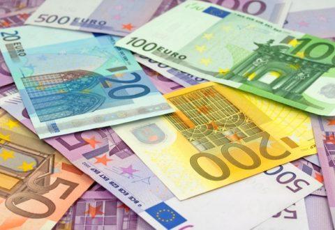banconote-soldi-by-m-schuppich-fotolia-750